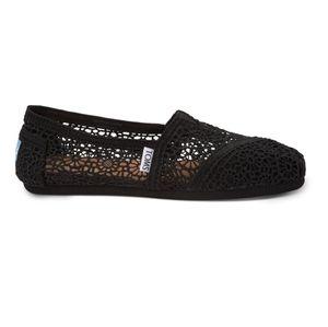 TOM Crochet Black Flats (nwot)